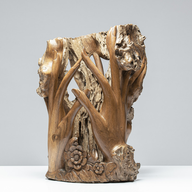 """Skulptur """"GAIAS HÄNDE"""""""
